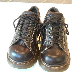 Dr Martins  brown Leather lace up oxford shoes sz6